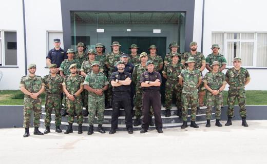 Foto de GNR recebe Curso de Operações Especiais do Exército 0eab20f29a6