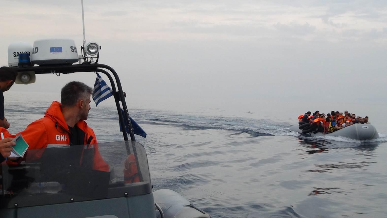 Resultado de imagem para GNR inicia patrulhamento no Mar Egeu